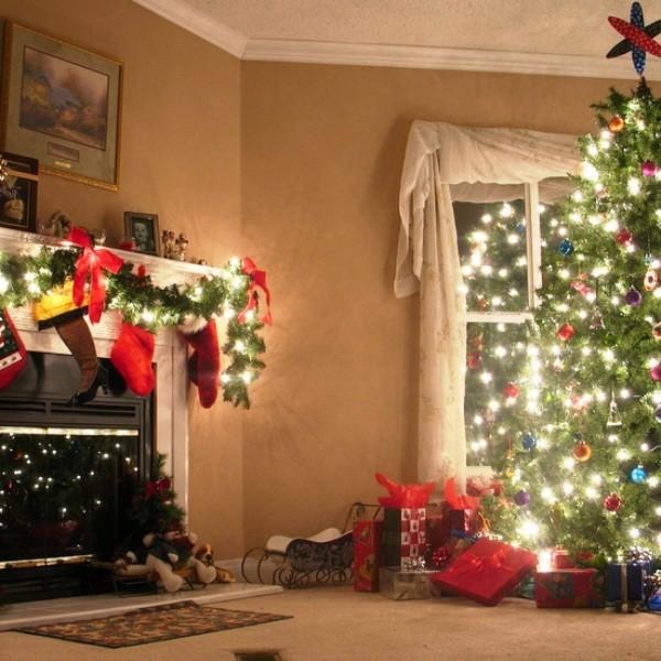 украшение елки к новому году