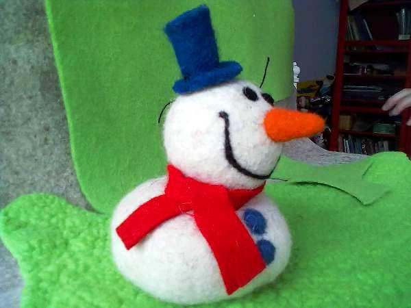 новогодние игрушки из фетра фото