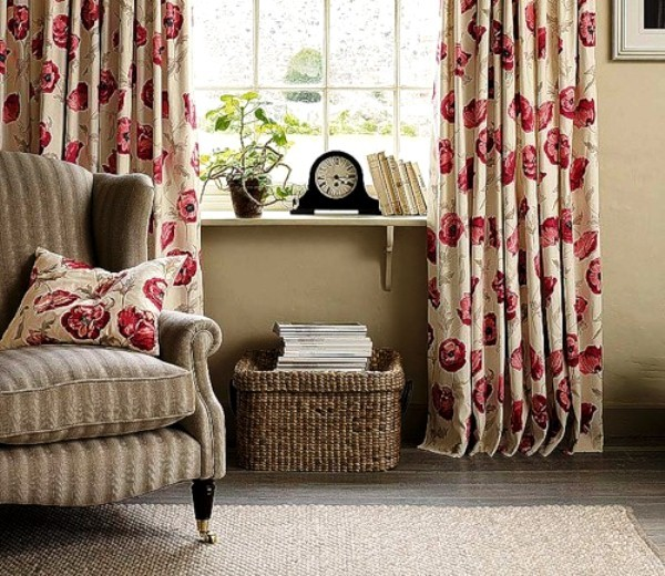 портьеры с цветами для гостиной фото