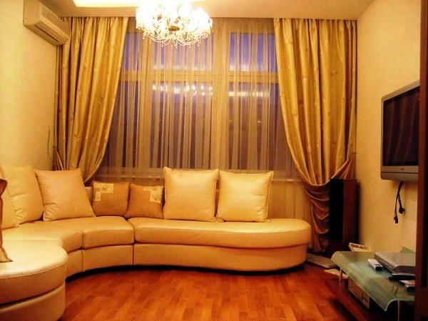 золотистые портьеры для гостиной фото