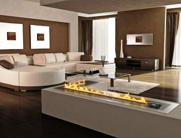 электрический камин в гостиной
