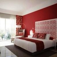 бордовый цвет в интерьере фото 40