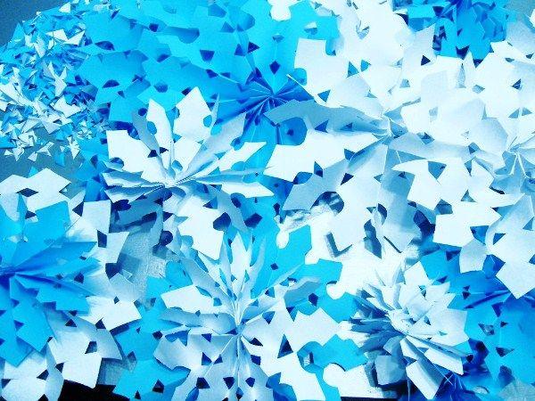объемная снежинка из бумаги своими руками фото 7